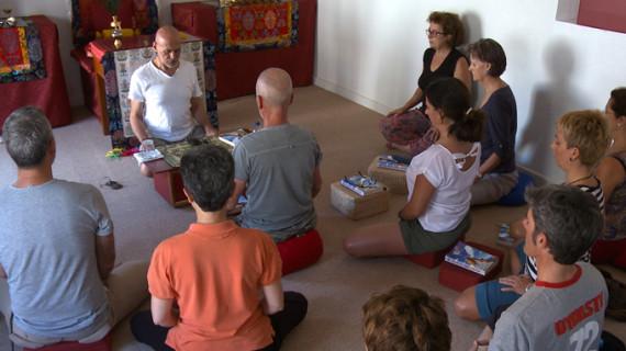Un documental muestra las propiedades del yoga y la meditación para sobrellevar el cáncer