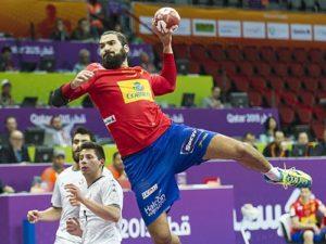 Un momento del partido. / Foto: J. L. Recio / www.rfebm.net