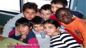Los pequeños del Colegio Fernando el Católico a los que César enseñó a leer.