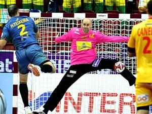Sierra fue fundamental para alcanzar la victoria ante Brasil. / Foto: www.rfebm.net