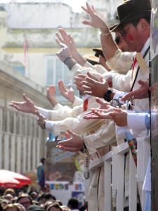 Cádiz comienza a llenar sus calles de comparsas y chirigotas. / Foto: David Ibáñez Montañez