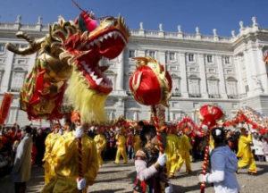 Celebraciones del Año Nuevo Chino junto al Palacio de Oriente (Madrid). / http://zonaretiro.com