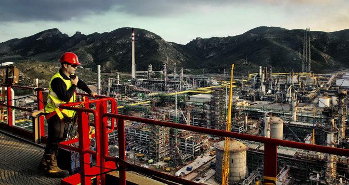 Una refinería de Cartagena generará más de 1.500 empleos a finales de 2015