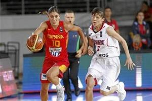La jugadora Marta Xargay en un partido de la selección. /Foto: www.feb.es