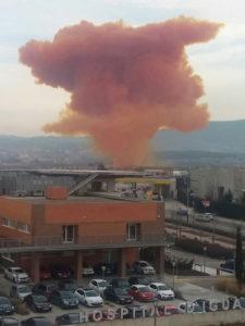 Nube irritante que hoy ha cubierto Igualada. / Foto: Emergencias Cataluña.