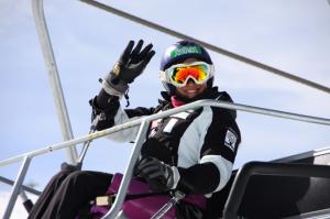 Villa forma parte del Equipo de Competición Fundación También de Esquí Alpino Adaptado.