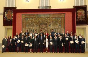 Los premiados junto a las autoridades. / Foto: Casa Real.