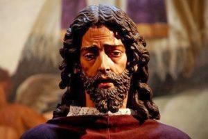 El Cristo del Gran Amor de la catedral de Buenos Aires fue un encargo de dos futbolistas. / Foto: costalerosdeoviedo.blogspot.com.es/