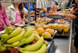 Consumo de fruta en los colegios.