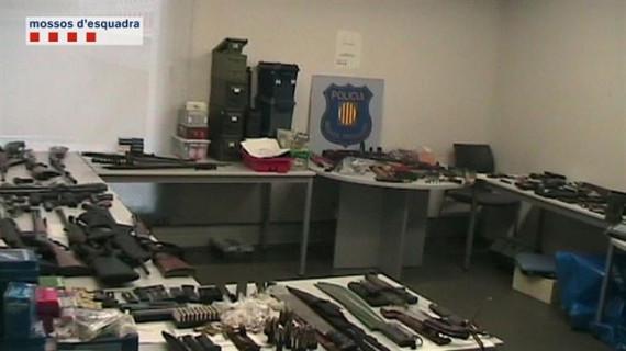 Desmantelado el mayor depósito de armas ilegales encontrado en Cataluña