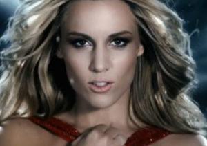 Imagen del videoclip de 'Amanecer'.