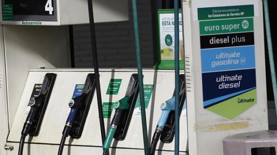 El consumo de carburantes sube un 2,6% en enero, el mejor dato para este mes desde 2012
