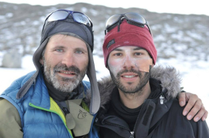 Juan Menéndez junto a Bengt Rotmo, líder de la expedición a Groenlandia en 2013.