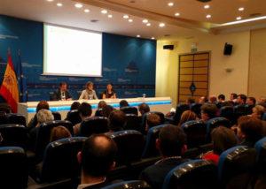 Presentación del Plan Adapta por parte de la ministra García Tejerina. / Foto: Europa Press.