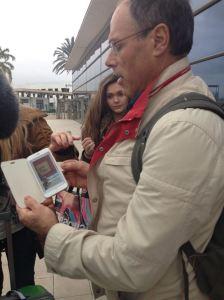 Marcelino explica lo sucedido a los medios de comunicación. / Foto: Europa Press.