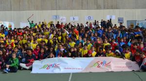 Los niños en las escuelas conocen los beneficios de la actividad física.