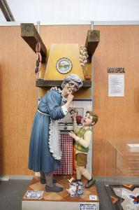 La figura 'La cocina de la abuela'. / Foto: Armando Romero / www.fallas.com