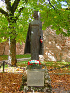 Monumento a la princesa Kristina de Noruega en Covarrubias. / http://www.panoramio.com