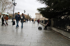 Turistas paseando. / Foto: Carla Bonnet / Europa Press