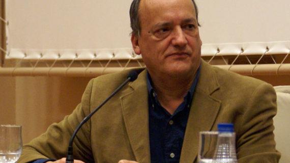 """Gustavo Martín Garzo: """"Todos tenemos 'cuartos' ocultos en los que habitan nuestros deseos más inconfesables"""""""