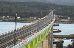 Línea de ferrocarril de Alta Velocidad.