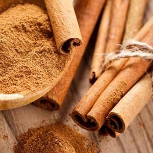 La canela es un buen aliado a la hora de tomar alimentos que sustituyan los azúcares.