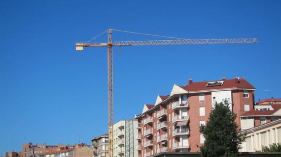 Los visados para construir nuevos pisos crecen un 48,2% hasta febrero