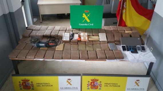 La Guardia Civil interviene en Algeciras más de 133 kilos de cocaína y detiene a siete personas