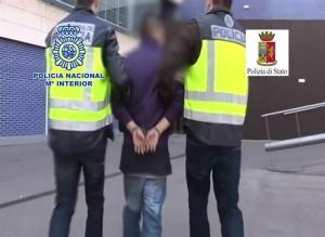 Detención del fugitivo.