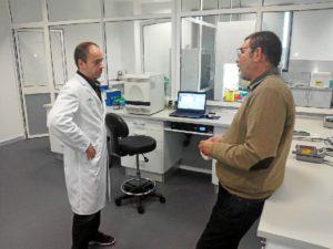 Carlos J. Hifalgo Grass (a la derecha) lidera la investigación.
