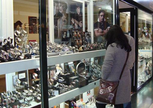 España cuenta con unas 700 zonas de gran afluencia turística con libertad horaria para los comercios