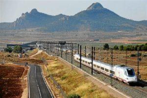 Sube el número de personas que usan el tren. / Foto: Europa Press.