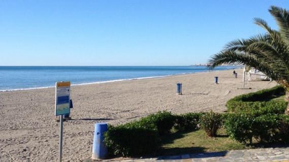 Una jubilada dona en vida a 'Aldeas Infantiles' un chalé en la playa para que los niños veraneen en Almería