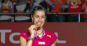 Carolina, muy feliz, tras ganar su segundo Mundial. / Foto: Captura TV.
