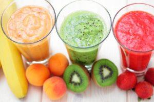 Una manera refrescante para tomar fruta es através de smooties o batidos.