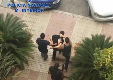 Detienen a cuatro peligrosos delincuentes franceses que se ocultaban en un domicilio de Marbella