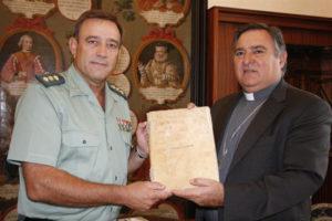 La Hermandad del Nazareno de Sanlúcar de Barrameda ha recuperado el histórico documento. / Foto: Europa Press.