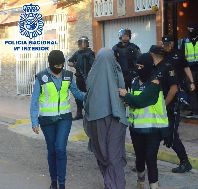 Desmantelada una red de captación yihadista y detenidas 10 personas entre España y Marruecos