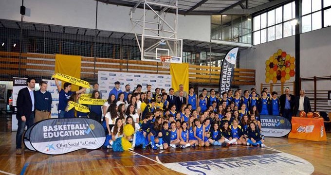 La iniciativa 'Basketball is Education' pretende fomentar los valores del baloncesto entre la comunidad escolar
