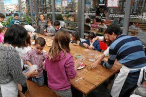Las manualidades desarrollan la imaginación de los niños. / Foto: https://pixabay.com/es/arte-pintar-pintura-t%C3