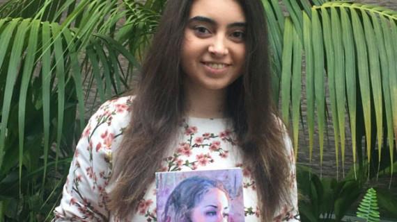 La adolescente sevillana Ángela Bonilla publica su segunda novela 'Realidad'