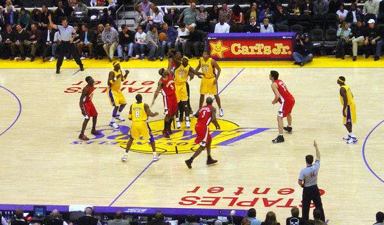 Una investigación de la Universidad de Las Palmas señala que los partidos de baloncesto imitan a la naturaleza