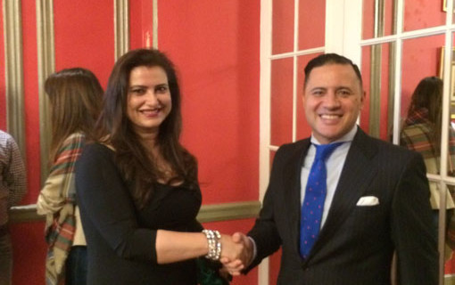 La doctora Rocío Vázquez recibe la Estrella de Oro del Instituto para la Excelencia Profesional