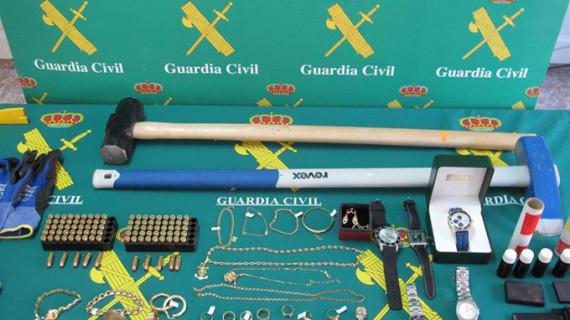 La Guardia Civil desarticula una organización criminal que cometió 73 robos en viviendas en Guadalajara y Madrid