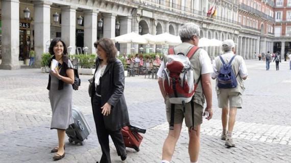 España recibió 71,6 millones de turistas extranjeros hasta noviembre, un 10,1% más