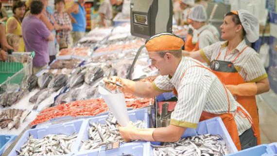Una conocida cadena de supermercados creará 5.000 puestos de trabajo para reforzar su plantilla en la campaña de verano