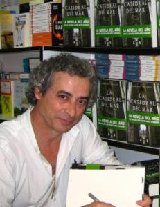 El escritor Ildefonso Falcones.