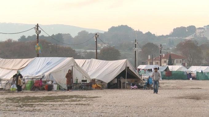 El Gobierno aprueba reasentar en España a 725 refugiados desde campos de Líbano o Jordania
