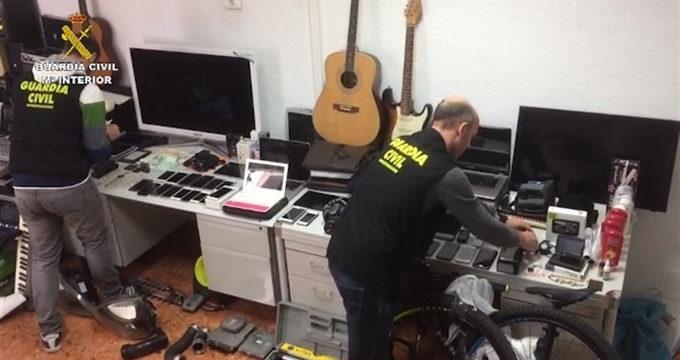 Desmantelan en Alicante una banda que exportaba objetos robados a Argelia con 17 detenidos