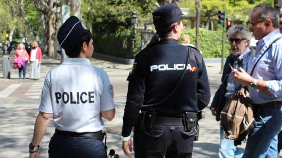 Agentes franceses y portugueses reforzarán junto a la Policía Nacional la atención al turista en Semana Santa